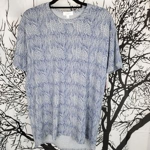 4/$25 LuLaRoe Patrick T Blue & Grey Leaf Medium